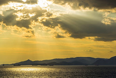 Atardecer en el Pireo (guillenperez) Tags: grecia greece mar sea mediterranean mediterraneo salamis salamina island isla pireo piraeus athens atenas sunset dusk atardecer puesta sol