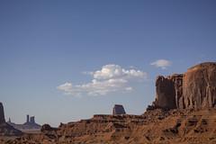 IMG_5092 (Cris_Pliego) Tags: sunset monumentvalley usadesert horse desert warmcolor bluesky