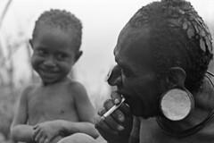 album2film173foto004b (Melanesian cultures) Tags: baliem baliemvallei sibil sibilvallei josdonkers eranotali wisselmeren papua irian jaya nieuwguinea ofm franciscanen minderbroeders missionaris