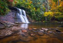 North Carolina Nature Silver Run Falls Waterfall Photography (Dave Allen Photography) Tags: autumn fall nc foliage northcarolina outdoors waterfalls nature blueridge falls mountains creek river outdoorphotographer landscape waterfall wnc westernnc fallcolors colors d800 nikon daveallen appalachian