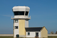 Bombing range tower turned house (Troonafish) Tags: rosehearty aberdeenshire scotland scottish house accomodation tower observationtower bombingrange raf royalairforce aircraft aviation aviationscotland scottishaviation gavintroon gavtroon northeast building architecture