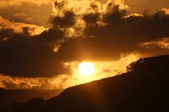 IMG_9455 (anyera2015) Tags: ceuta canon canon70d atardecer nubes siluetas nublado sol playa