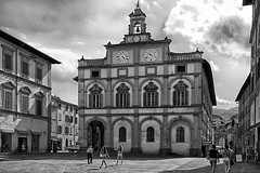 Three Clocks and Two Bells (jo.misere) Tags: klokken clock bel bell bw zw umbrie italie ngc