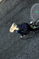 From Above (josephzohn | flickr) Tags: girls people fromabove mnniskor uppifrn brahegatan