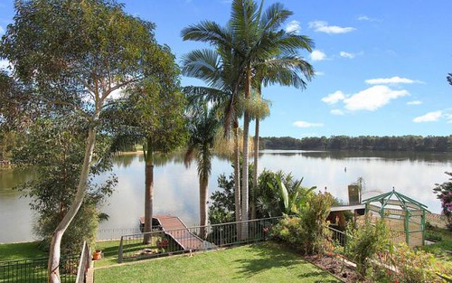 212 Henry Lawson Drive, Georges Hall NSW 2198