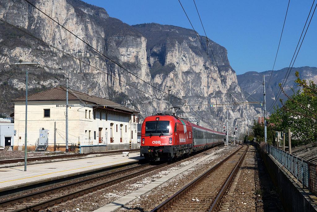 The world 39 s best photos of e190 and verona flickr hive mind - Partenze treni verona porta nuova ...