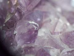 101_2372 (Marcel Oczkowski) Tags: macro crystal kodak violet amethyst helios invertedlens 44m c813