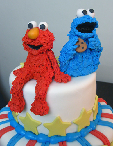 Elmo Cookie Monster close-up