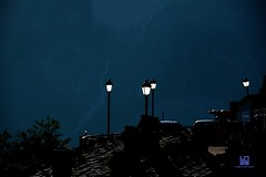 FOTOVOLTAICO (Lace1952) Tags: italia alba blu di sole lampioni luce umbria controluce monti costo norcia castelluccio sibillini fotovoltaico nikkor18300vr nikond7100