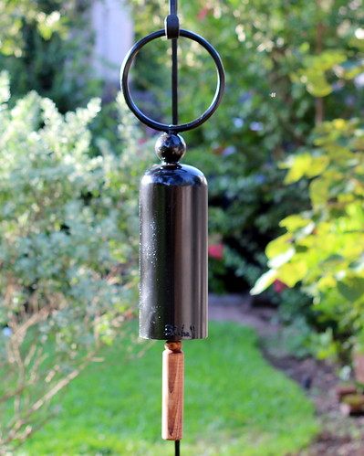 Simple Bell Black