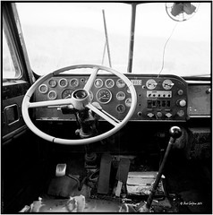 Truck_inside_Hasselblad (ksadjina) Tags: 6x6 film analog austria blackwhite scan oldtimer rotten tyrol haiming hasselblad500cm silverfast adoxaph09 nikonsupercoolscan9000ed carlzeissdistagon40mmf14 oiler69