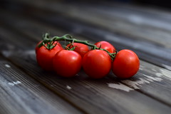 Small red and sweet tomatoes! (leif.fager) Tags: italy garden photo photographer tomatoes pasta
