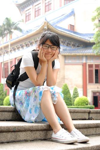 小萌妹在中山纪念堂