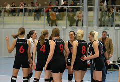 3143_RVaradi (Robi33) Tags: game sport ball switzerland championship team women action tournament match network volleyball volley referees viewers