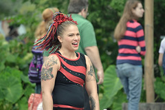Grown Up and Decorated (MTSOfan) Tags: juggling jugglers pennsylvaniarenaissancefaire