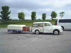 mot-2005-berny-riviere-008-look-at-the-flat-packed-trailer_800x600