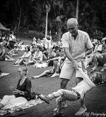 Grooving with Grandpa (Cliff Teo) Tags: family music singapore picnic dancing weekend sony jazz grandparents sbg outing grooving carlzeiss singaporebotanicgardens a6000 shawfoundationsymphonystage sonnartfe2835 weekendsinthegardens sbgconcert