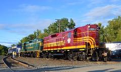 Heritage power in town (Michael Berry Railfan) Tags: vermont panam mec whiteriverjunction emd mainecentral bostonmaine gp9 st77 panamrailways par77