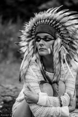 Shooting Amerindien (RhinoBlanc photographe) Tags: portrait usa white black cute heron girl 50mm amazon nikon noir lac romance portraiture mm d200 50 amateur et blanc indien nord photographe amérique indienne coiffe guerriere