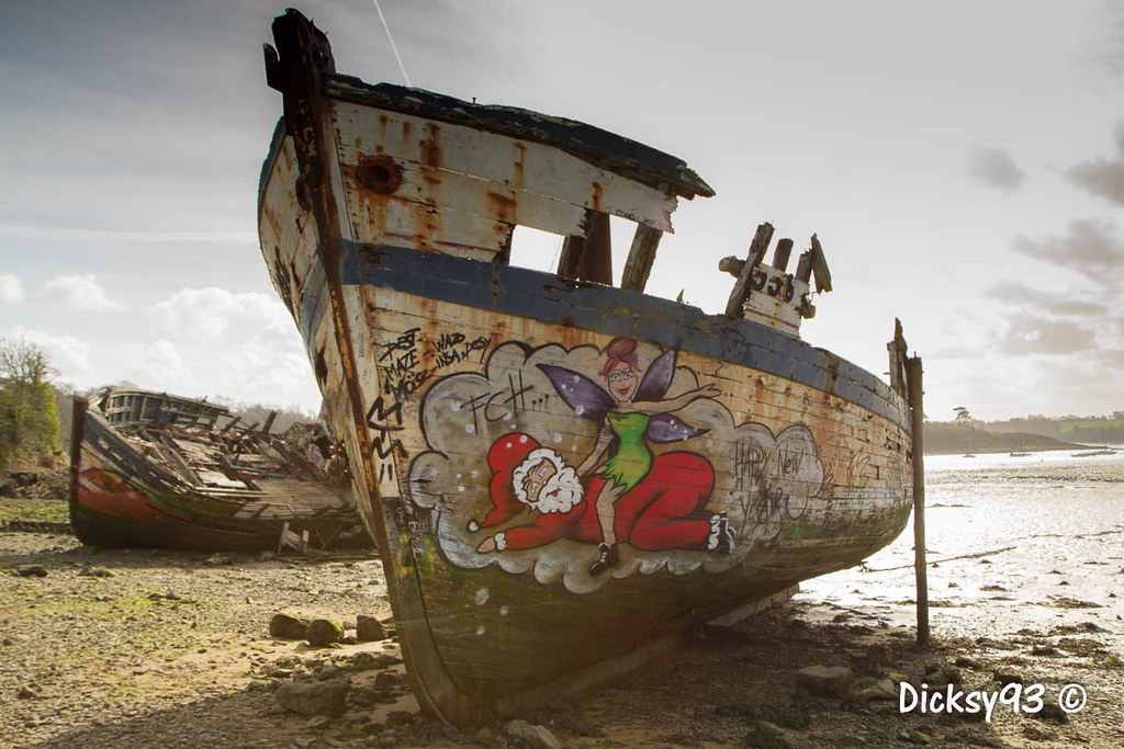 (Dicksy93) Tags img6348 epave cimetière bateau boat carcasse bois