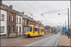 01-04-17 TEC 7432, Charleroi - Chaussée de Bruxelles (Julian de Bondt) Tags: tec tram metro leger de charleroi