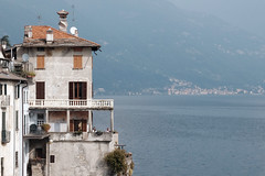 Untitled (m-blacks) Tags: como lake landscape water lago fog calm lombardia fujifilm winter reflection travel weekend photography moments detail scene fotografie italy comolake house terrace panorama view