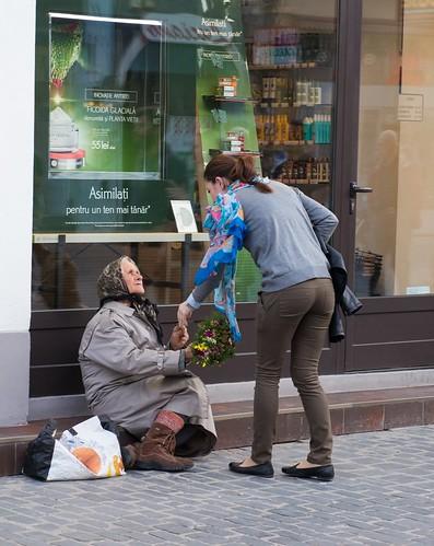 Flower seller. Str. Republicii, Brasov, Romania ©  Andrey