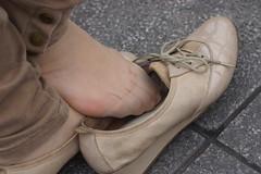 Candid feet from China (253) (Candid 100%) Tags: asian candid feet nylon pantyhose chinese china shoeplay dangling dipping toes soles foot shoes ballet flats high heels pumps sandals külotlu çorap ayak füsse strumpfhose калготкі чорапогащник pantis punčocháče strømpebukser sukkpüksid sukkahousut collants media calza καλσόν harisnyanadrág パンティーストッキング 팬티 스타킹 zeķbikses pėdkelnės جوراب شلواری rajstopy meiacalça ciorapi колготки унихоп pančucháče hlačne nogavice strumpbyxor קאָלגאָטקעס broekiekס