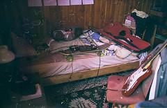 (Aka Satan4ss) Tags: film photography photo lofi documentary lifestyle youth love music guitar skateboarding photobook photodiary lomography compact 35mm chile noise experimental fotografia analogica amor estilo drugs ruido musica room pieza skate cocaine weed sun fall otoño sol fanzine fotolibro diario kodak olympus canon contax pentax nikon yashica toycam vencido