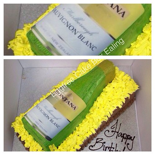 White Wine Bottle Montana Sauvignonblanc Whitewine Alcohol Cake Cakebox