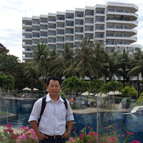 At the Hua Hin Cha Am Beach Resort & Spa in Thailand. #kachinland #thailand #kachinlifestories #tanggoon