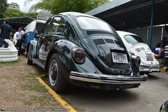 Volkswagen (The Art of Sainz) Tags: blue red vw volkswagen venezuela beetle caracas 1998 motor 1970 1980 escarabajo 1990 rin ghia empi 1960 westfalia karmann vocho 1600cc 1500cc 1300cc