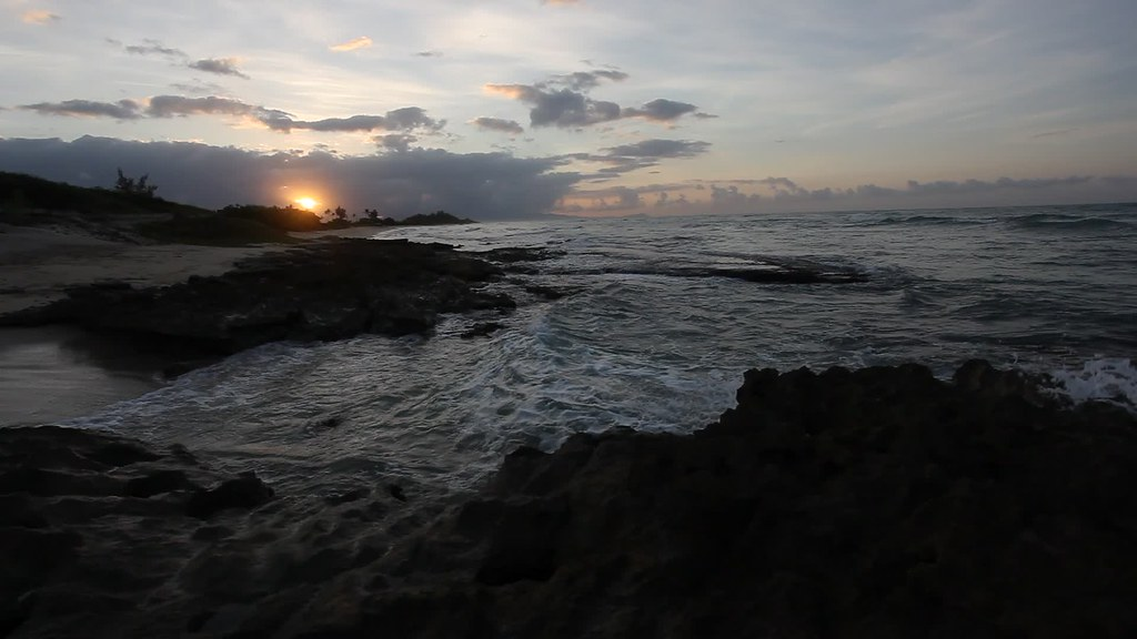 Barber Kailua : Barbers Point Hawaii 6-11-2014 (pevans941) Tags: ocean travel blue ...