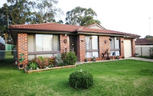 7 Peerless Close, Ingleburn NSW 2565