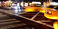 Taxis at Lex&42nd (dani_silvestre) Tags: nyc newyork taxi 42ndst streetphoto lexingtonave nuevayork