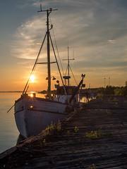 Jenny? (H Hollstrm) Tags: sunset sea summer sun yellow finland boat horizon jenny oulu voigtlnder f095 voigtlnder25mmf095 omdem1