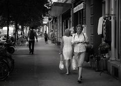 evening (Thomas8047) Tags: street people urban streetart monochrome schweiz switzerland women swiss candid zurich streetphotography streetlife streetscene streetphoto zrich onthestreets strassenszene zri streetphotographer fascinationstreet schwarzundweiss 175528 streetpix strassenfotografie stphotographia zrichstreet nikond300s fineartstreetphotography streetartzri thomas8047 streetphotograp