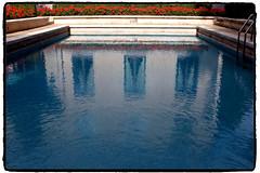 ci vorrebbe un tuffo (palladipelo_75) Tags: milan colour milano pools fujifilm piscine 23mm villanecchicampiglio x100s
