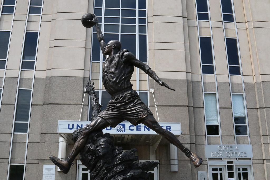 8d3785b5426 Jordan Statue (Chuck Diesel) Tags: chicago basketball statue air bulls  unitedcenter michaeljordan