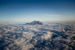 IMG_0556 (Nicola since 1972) Tags: blue sky cloud nuvole rainer mont usa2014