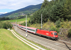 1116 267, Matrei am Brenner, 9 Sept 2014 (Mr Joseph Bloggs) Tags: city electric munich am euro pass brenner bologna locomotive taurus bahn brennero ec obb matrei 267 1116 1116267