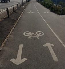 One-way street, both ways (blondinrikard) Tags: cykelväg enkelriktat dubbelriktat toomuchconfusion förvirring förvirrat gatukontoret upsidedownbothways bike bikelane bicyclelane traffic trafik hitochdit dubbelenkelriktat trafikregler logik stringens bicycleunfriendly