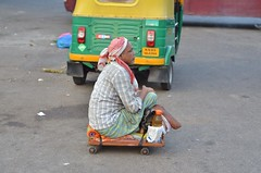 Daily Life - Early Morning Bangalore (Smevin Paul) Tags: india road bangalore bengaluru saturday earlymorningbangaloredailylifeworkcoldbengaluruconductorroadautodriverflowersellersellvegetablese earlymorning dailylife work people life flowerseller vegetableseller autodriver cab cycle afterwork goinghome madivala shivajinagar shantinagar hosurroad smevin paul smevinpaul smevinsphotography smevinpaulphotography smevinsphotos smevinsphotographs smevinpictures smevinspictures thrisookaran passion photography
