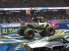 pirates curse (timp37) Tags: pirates curse illinois rosemont february 2017 monster truck jam monsterjam allstate arena