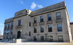 Mille Lacs County Courthouse (Milaca, Minnesota) (courthouselover) Tags: minnesota mn courthouses countycourthouses usccmnmillelacs millelacscounty milaca minneapolissaintpaulmetropolitanarea twincitiesmetropolitanarea 1920s 1922