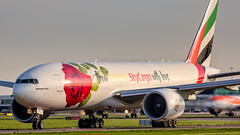 Emirates Sky Cargo Boeing 777F A6-EFL (Ewout Pahud de Mortanges) Tags: emirates skycargo schiphol holland sunset dubai amsterdam luchtvaart aviation aircraft jet jetliner plane planespotting valentine ams eham photo photography outdoor