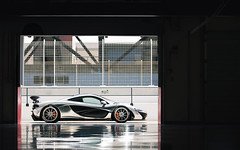 F1 Liquid Silver. (Alex Penfold) Tags: mclaren p1 chrome brushed paint f1 liquid silver supercars supercar super car cars autos alex penfold 2017 dubai autodrome middle east