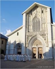 Avant la messe chrismale