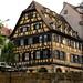 Début d'une longue promenade en bateau : Strasbourg, et ses maisons à colombages