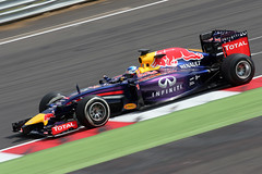 Sebastian Vettel - Red Bull Renault RB10 - Silverstone F1 Testing (DanGB) Tags: 20d canon 1 f1 canoneos20d testing renault silverstone formulaone formula1 redbull motorsport pirelli motoring worldchampion 70300 tyretesting redbullracing vettel sebastianvettel canonef70300mmis rb10 16lturbo f12014 19thjune2014 inseasontest